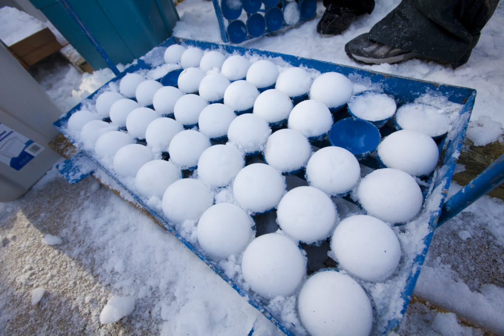 Yukigassen snowball machine